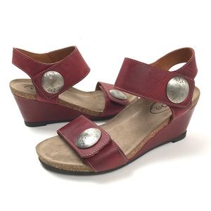 Taos Carousel 2 red distressed leather sandals